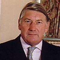 Gen Sir Michael Wilkes KCB CBE KStJ